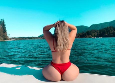 Big White Ass in a String Bikini