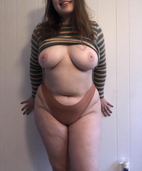 Crazyfishgoescrazy Big Tits and Thick Thighs