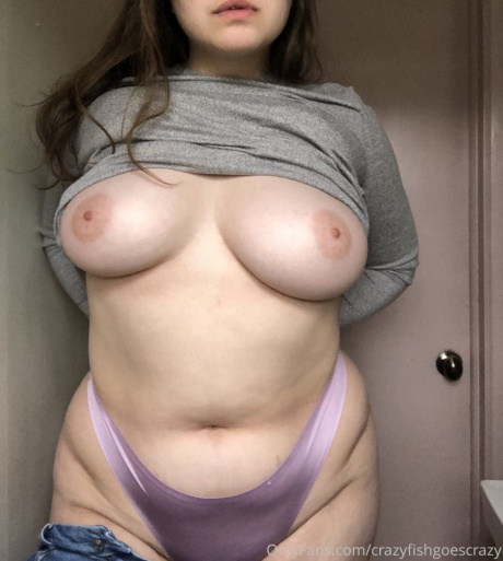 Crazyfishgoescrazy Busty White Girl with Thick Cellulite Thighs