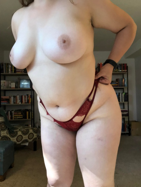 Crazyfishgoescrazy White Girl with Perfect Natural Tits