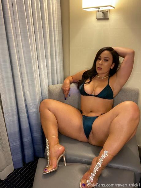 Raven_Thick Super Hot Perfect Body Latina
