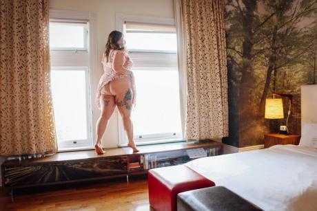 Big Ass Tattooed BBW Upskirt Flashing