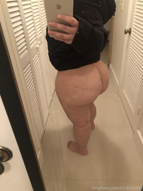 Cellulite Big Booty White Girl