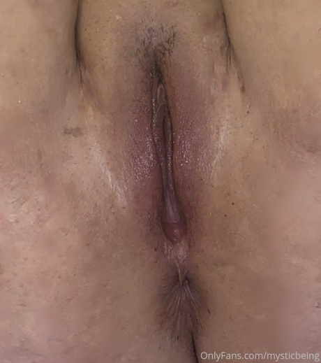 Juicy Shaved Fat Pussy Close up