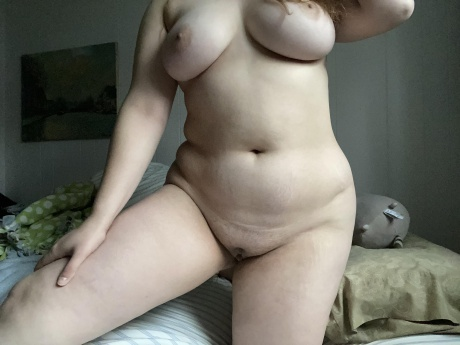 Nude PAWG Pussy Flashing