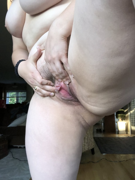 Phat Ass White Girl with a Tight Pussy